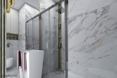 duże lustro w małej łazience