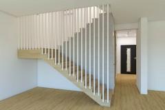 wiz-hol-z-klatką-schodową-wnetrzewdomu-4
