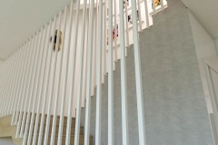 wiz-hol-z-klatką-schodową-wnetrzewdomu-5